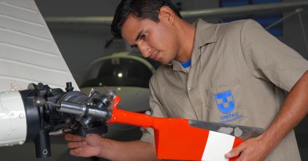 Engenharia Aeronáutica da UNITAU - Crédito da foto_Fernando_ Candelária_UNITAU